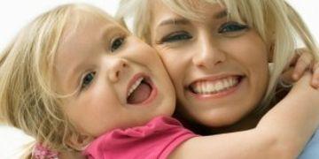 Młode mamy u chirurga plastycznego? 70% Polek zwraca uwagę na swój wizerunek po ciąży