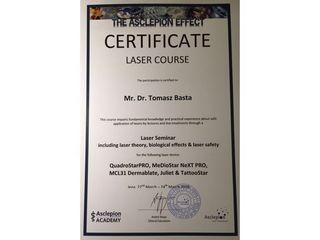 dr n. med. Tomasz Basta Ginekologia Plastyczna