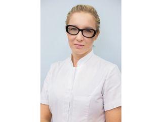 Dr n. med. Olga Warszawik-Hendzel