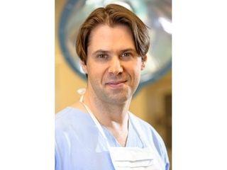 dr n. med. Łukasz Ulatowski
