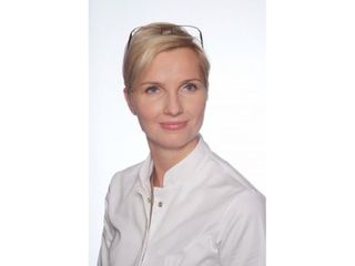 Lek. med. Iwona Radziejewska-Choma